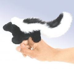 Skunk Finger Puppet