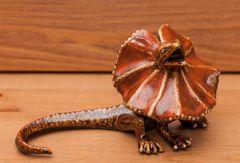 Frilled Lizard Sculpture (Golden Pond Collection)