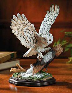 Snowy Owl Sculpture