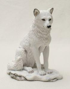 White Wolf Veronese® Sculpture