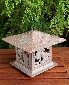Oak Leaf Tea Lantern (Copper Verdi)