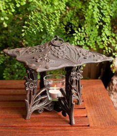 Daffodil Twilight Lantern (Oil Rub Bronze)