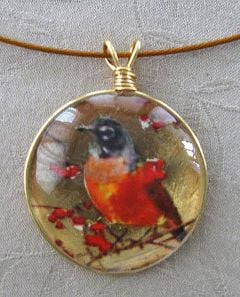 Robin Glass Pendant Necklace