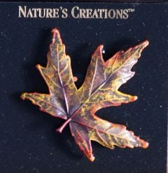 Maple Leaf Natural Impressions Pin