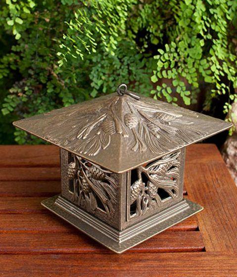 Pinecone Tea Lantern (French Bronze)
