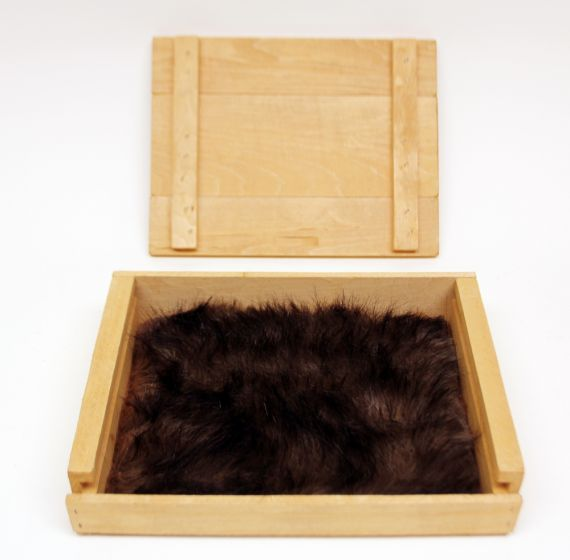 Wolf (Red) Kind Fur® (Boxed)