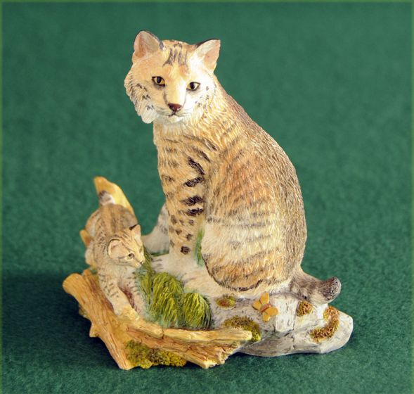 Lynx And Kitten Sculpture