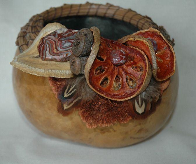 Red Agate Gourd Basket