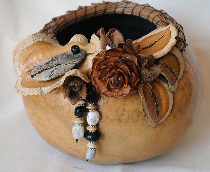 Gray & Black Gourd Basket