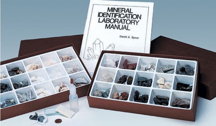Complete Mineral Identification Kit