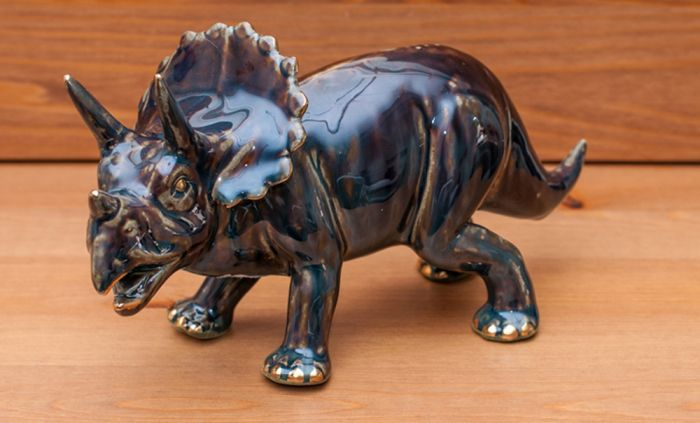 Triceratops Sculpture (Golden Pond Collection)