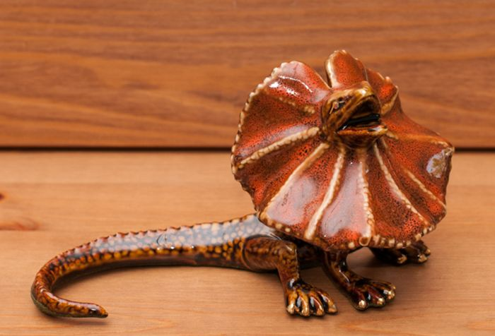 Frilled Lizard Sculpture (Golden Pond Collection)