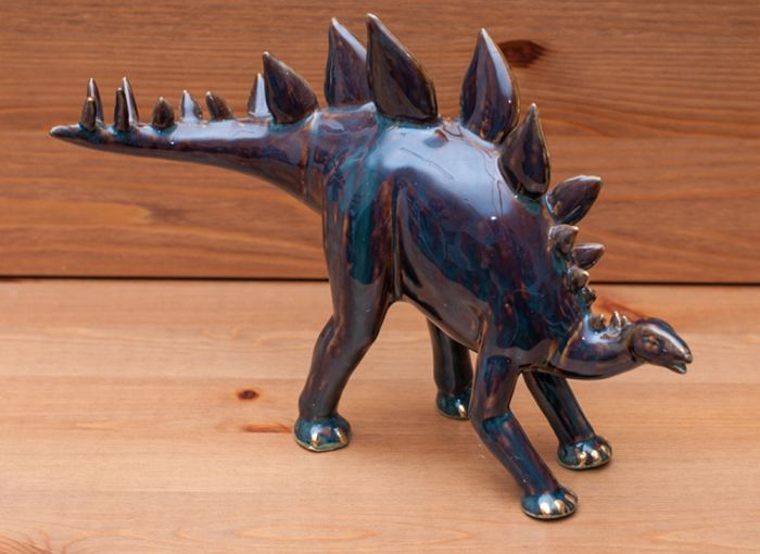 Stegosaurus Sculpture (Golden Pond Collection)