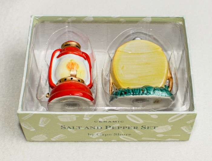 Lantern & Canteen Salt & Pepper Shaker Set
