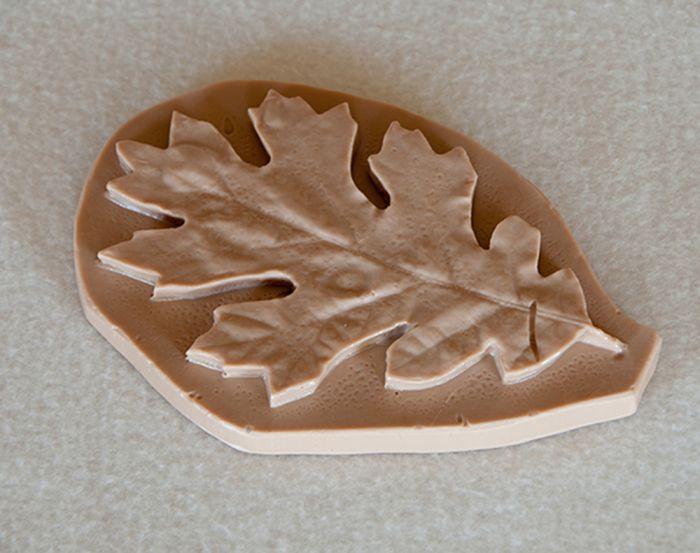 Oak (Black) Leaf Replica