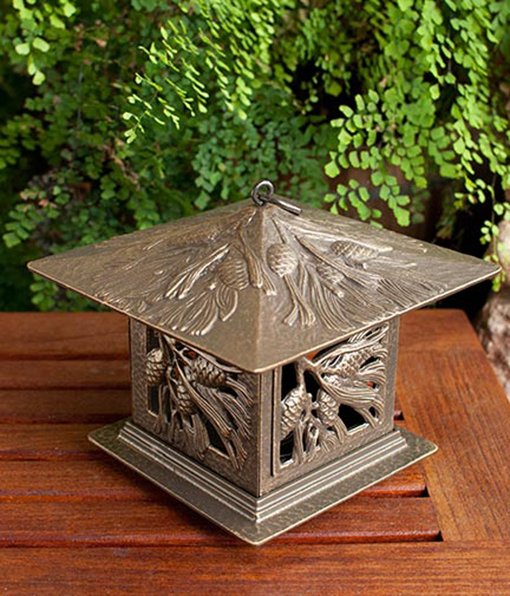 Pinecone Tea Lantern (French Bronze)